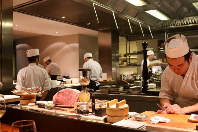 How to Keep Your Restaurant's kitchen Cool Properly